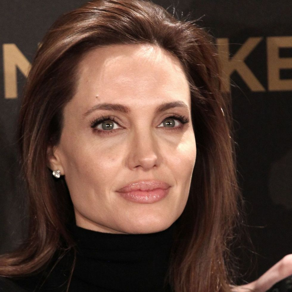 Angelina-Jolie-Undergoes-Surgery