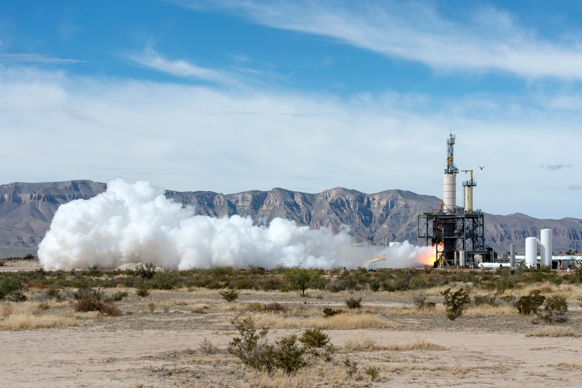 Jeff-Bezos-rocket-company-to-begin-suborbital-test-flights-this-year
